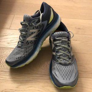 Men's New Balance Fresh Foam 1080 Shoes Size 11.5
